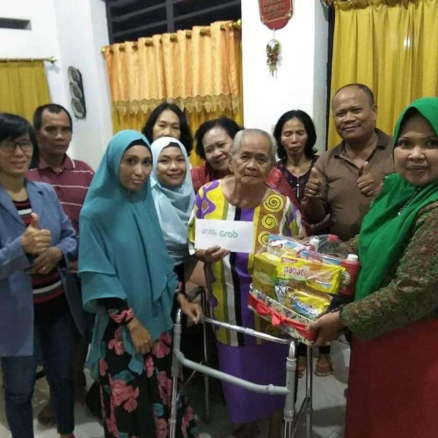 28/12/18 SaVe berbagi di Hari Raya Natal, di Makassar
