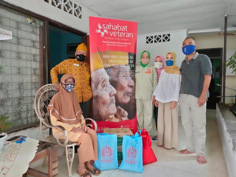 Penyaluran Bisa Bantu Janda Veteran di Bogor & Tangerang bersama Kita Bisa
