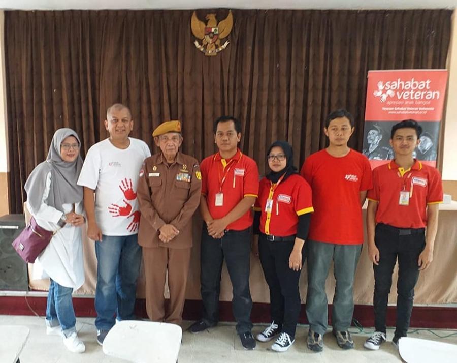 26/11/19 Kegiatan bersama @kabobs.id, @otomotoindonesia, dan @alfamart.