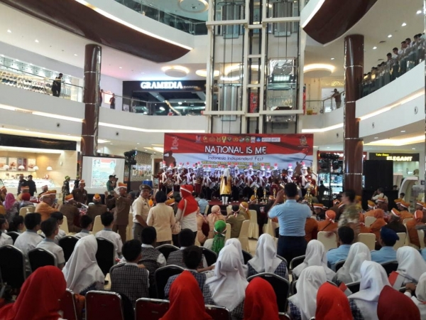 9 - 12/8/18 national_is_me Indonesia Independent Fest di Opi Mall Palembang
